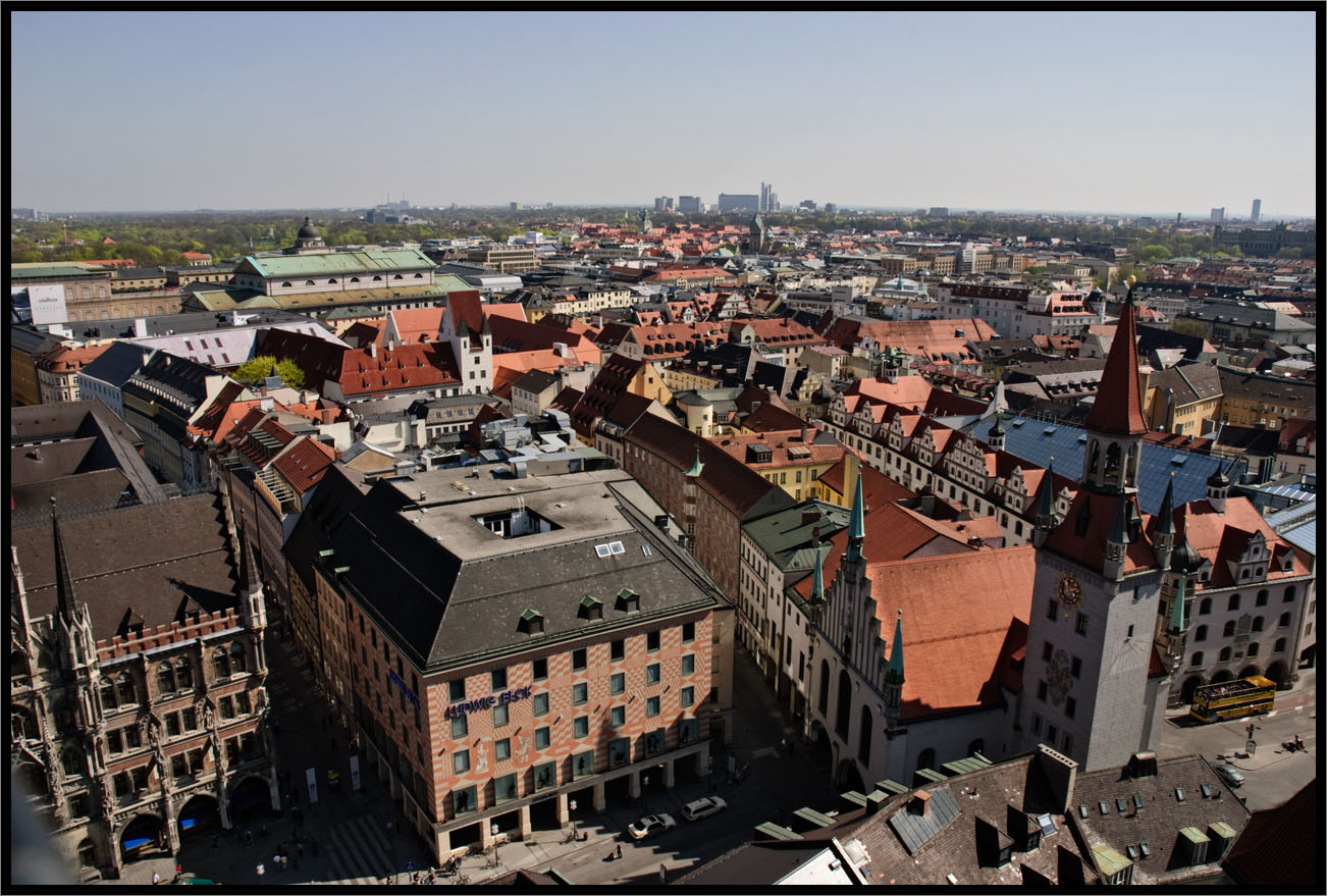 View from Peterskirche (st. Peter's church)
