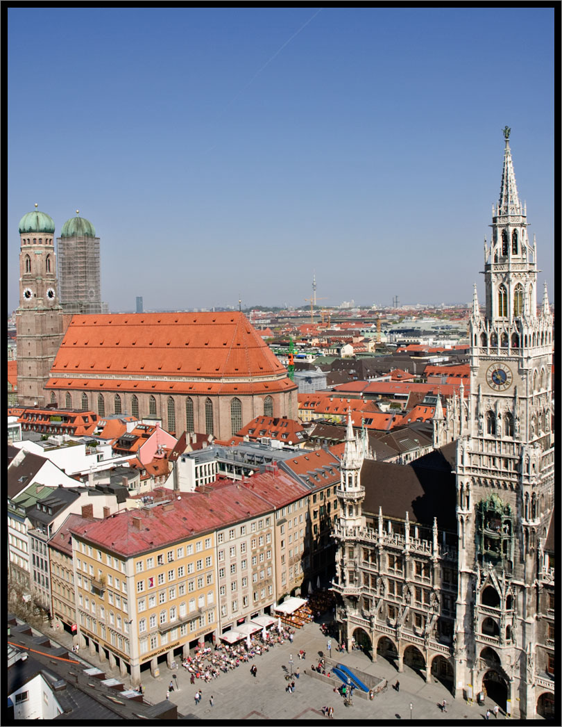 Frauenkirche and new town hall